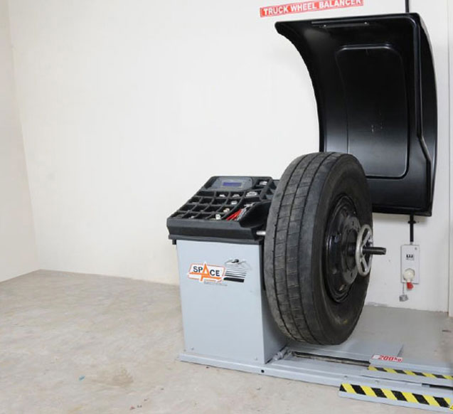 Automatic Wheel Balancing Equipment